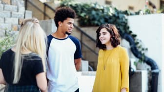 Elever bör få information om vilka yrken som ger dem bäst förutsättningar till arbete efter studierna