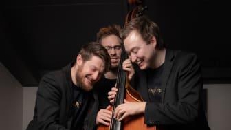 Lars Marius Hølås, Eivind Rossbach Heier og Jostein Bolås Brødreskift utgjer Trio no Treble. Foto:Ole Wuttudal