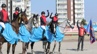 Nääs Hästsportförening red hem en dubbelseger när Folksam Elitallsvenska hade premiär i västra zonen under helgen som gick. Nu är det dags för allsvensk premiär i övriga zoner. Foto: Zahlo Photo