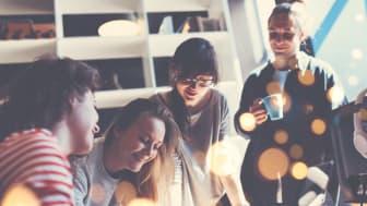 En oplevelse som fælleslæsning skal sammen med en række andre kulturtilbud hjælpe langtidssygemeldte tilbage i arbejde og trivsel.