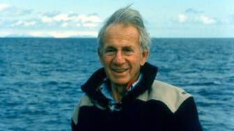 Walter Munk, professor emeritus of geophysics, Scripps Institution of Oceanography. Photo Credit: Jeff Corda