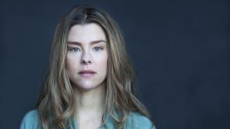 Sascha Zacharias ses i rollen som Rebecka Martinsson, når 2. sæson får premiere i 2020.