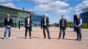 Fra venstre: Ove Fredheim, Telenor; Otto Frøseth, Investinor; Lars Bakken, Telenor; Ole Christian Olssøn, Tellu; Inge Hovd Gangås, SINTEF Venture (Foto: Magnus Biringvad, SINTEF)