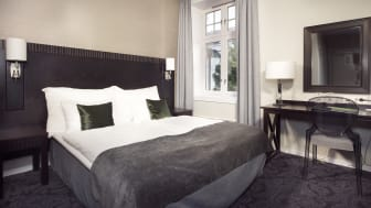 Hotel-superior-double-room-bed-clarion-collection-hotel-gabelshus
