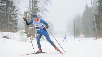 Lisa Larsen i skidspåret vid VM-tävlingen tidigare i år. Foto: Donatas Lazauskas