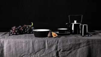 Tric Monochrome by Arzberg makes a statement on the dinner table