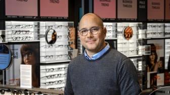 Profil Optik Helsingør er langt mere end en brillebutik, ifølge butikschef Dan Lund.