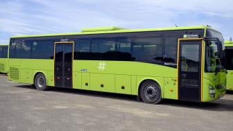 40 av bussene er to-akslede Crossway NF med normalhøyt gulv.