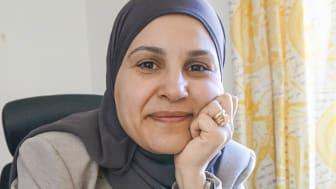 Det är naturligt att diskutera personcentrerad vård med andra forskare eftersom vi håller på att göra om hela sjuksköterskeutbildningen på högskolan med fokus på just detta, menar Atika Khalaf, just hemkommen från ett internationellt möte på Malta.
