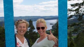 Sunne kommuns turismutvecklare Maria Nordmark, till vänster, och företagscoachen Marielle Magnusson är glada över att besökarna gillar Sunne