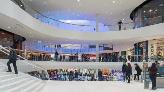 Mall of Scandinavia använder ZB-S nödljussystem från Malux. Foto: Arild Vågen CC BY-SA 4.0