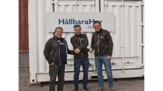 Tryggve Martinsson, Jonas Wikander (Blåkläder) och Anders Mannesten. Fotograf: Sture Haglund