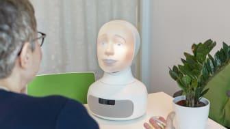 Den sociala intervjuroboten Tengai ska göra anställningsintervjun mer fördomsfri.