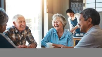 Det beste i livet er gratis, men det er likevel viktig å kunne gå på kafe eller unne seg litt ekstra, også som pensjonist. (Illustrasjon: iStockfoto)