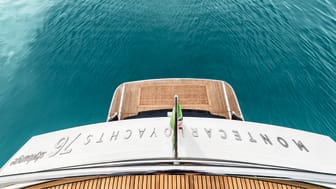 High res image - Raymarine - MCY 76 Skylouge