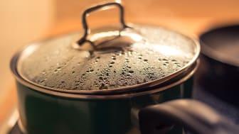 Kokningsrekommendation kvarstår i södra Torekov ner till Stora Hult i Båstads kommun. Foto:  Scratsmacker.