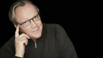 Efter succéhösten – författaren Jonas Jonasson får nytt högprofilerat uppdrag – nu skriver han serie om U137-krisen