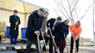 Historiskt första spadtag för ny vårdbyggnad i Helsingborg
