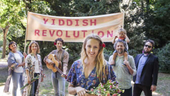Yiddish Revolution ger konsert i SJöbo. Bild: Nadja Hallström