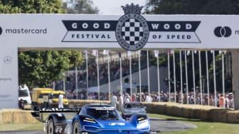 Den elektriske ID.R racer slår 20 gammel rekord på Goodwood Festival of Speed
