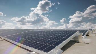 Audi Hungary har Europas største fotocellefacilitet på taget af 2 logistikcentre