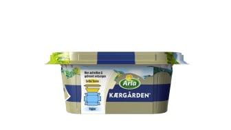Arla Kærgården in neuer nachhaltigerer Verpackung mit Pappbanderole und Abrisslasche