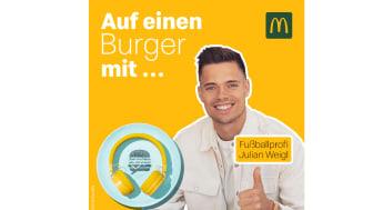 """McDonald's Deutschland geht mit der zweiten Staffel von """"Zum Hierhören oder Mitnehmen? Der Podcast zur Gastronomie der Zukunft"""" an den Start und lädt zum Staffelbeginn Profifußballer Julian Weigl zu Tisch."""