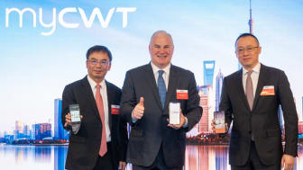 Mr Albert Zhong, General Manager, China, CWT; Mr Kurt Ekert, President and CEO, CWT; and Mr Qu Li, Board Chairman at China Air Service (from left to right), at the press conference to announce the launch of myCWT in China