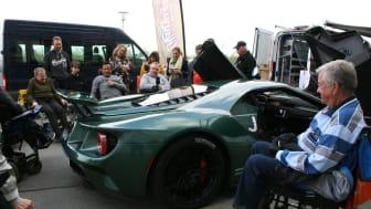 Jason Watt og hans Ford GT til handicap-event med Ford