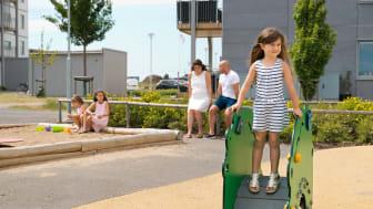 Trygga, mysiga kvarter med plats för lek- och grönytor bäddar också för social hållbarhet
