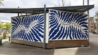 Blad vid havet av Linnéa And-Ast, Muralmålning från 2020.