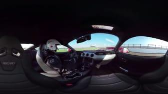 Oplev Ford Mustang på Silverstone i 360 graders video