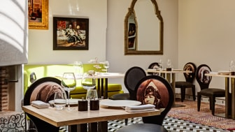 The new restaurant Le Trou Au Mur  is open 18.30-00.00 every day (except Tuesdays)