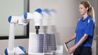 Samarbetsroboten MOTOMAN-HC10 uppfyller, och överträffar, kraven i det europeiska maskindirektivet.