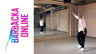 På Barbackas hemsida finns dansfilmer med koreografi att följa