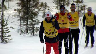 De synshemmede i Team RP har  stor glede av å kunne bryne seg  i skisporet. Her fra en av årets treningssamlinger.