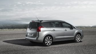 Nya generationen Peugeot 5008_bakifrån