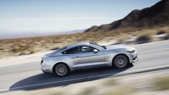 FORD MUSTANG 2015 - 9