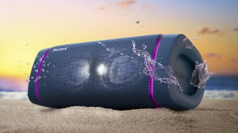 Это лето будет жарким и музыкальным! Компания Sony объявляет старт продаж в России новой линейки беспроводных колонок с технологией EXTRA BASS