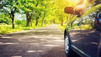 Som privatperson kan du minska ditt klimatavtryck bland annat genom att tänka över hur du använder din bil.