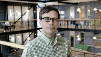 Fredrik Hanell (MP), ledamot i psykiatri-, habilitering- och hjälpmedelsnämnden och regionfullmäktige.