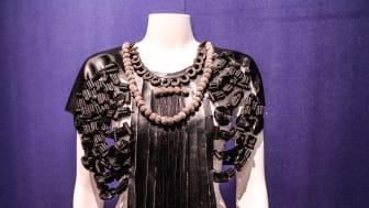 Minna Hallbergs klädeskonst i lakrits - Lakritsfestivalen 2015