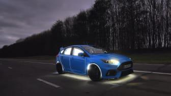 Spesialbyd: Nye Ford Focus RSen er bygd for å la lys vise hvordan du føler deg bak rattet. Forskning viser at antall øyeblikk med komplett lykkefølelse er svært mange på en vanlig tur bak rattet på en Ford Performance-bil