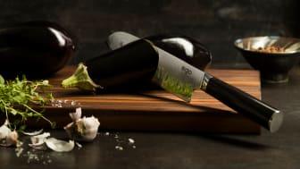 Knives_EGO-VG10_Santoku-Knife-EVG18SK_w_eggplant_landscape