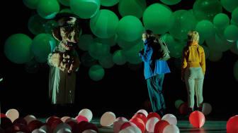 Foto: Per Bolkert. Från föreställningen Pappas pojke, som gavs inom ramen för Scenex19 på institutionen för scenkonst.