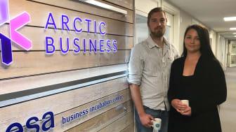 Nya rymdbolaget Arctic Space Tech, grundare Benjamin Fisher och Sandra Nilsson