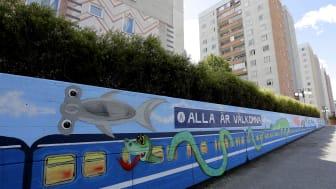 Alla är välkomna – i Albys nya tunnelbanetåg samsas bland annat en hammarhaj, en orm och en krokodil.