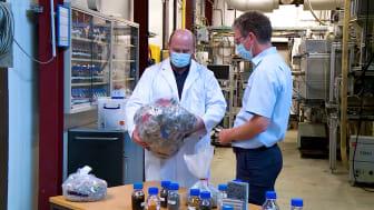 Projekt om genbrug af plastaffald fra bilindustrien