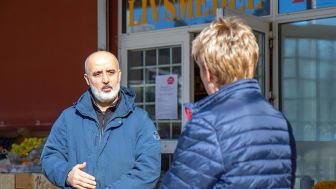 Charbel driver Hammarhallen på Hammarkulletorget. Han är en av GöteborgsLokalers hyresgäster som har regelbunden kontakt med sin fastighetsförvaltare under den pågående Covid-19-pandemin.