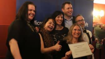 Fra venstre: Merete Stave, Karin Løkke, Kimerberly Lein-Matisen (CEO Microsoft), Tor-Øyvind Eriksen, Anne Kathrine Stensund og Per Sivertsen.